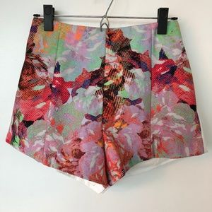 Finders Keepers Winter Song Shorts